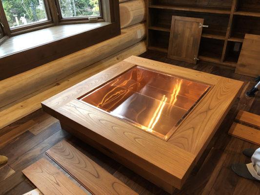 オリジナル囲炉裏完成しました