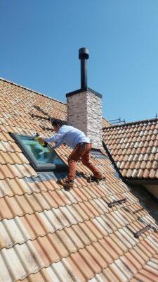 ついでに天窓も拭こう
